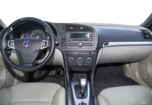 SAAB 9-3 Cabriolet III kabriolet czarny tablica rozdzielcza