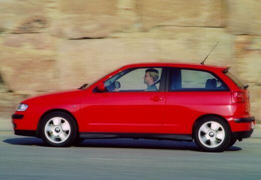 SEAT Ibiza III hatchback czerwony jasny boczny lewy