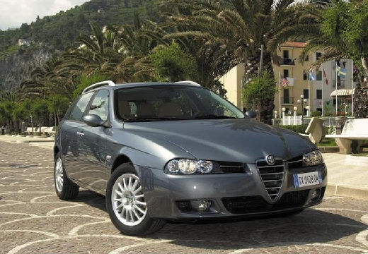 ALFA ROMEO 156 kombi czarny przedni prawy