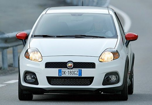 FIAT Punto Grande hatchback biały przedni lewy