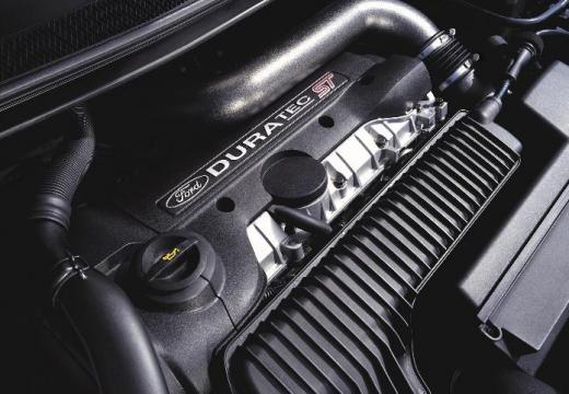 FORD Focus III hatchback silnik