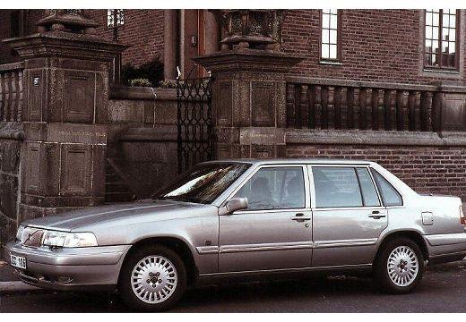 VOLVO 960 sedan silver grey boczny lewy