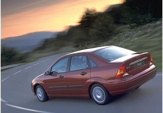FORD Focus sedan bordeaux (czerwony ciemny) tylny lewy