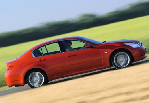 INFINITI G37 sedan czerwony jasny boczny prawy