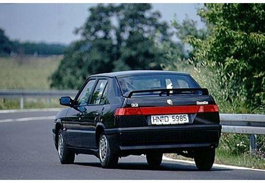 ALFA ROMEO 33 hatchback czarny tylny lewy