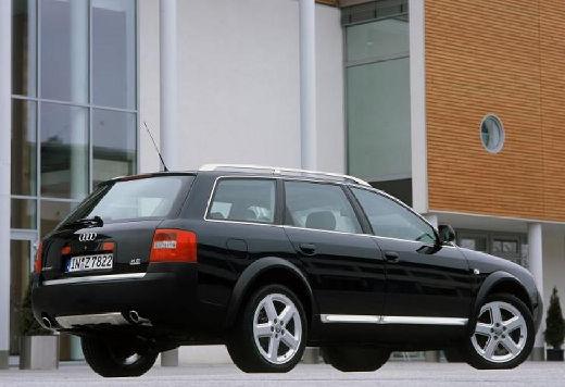 AUDI A6 Allroad kombi czarny tylny prawy