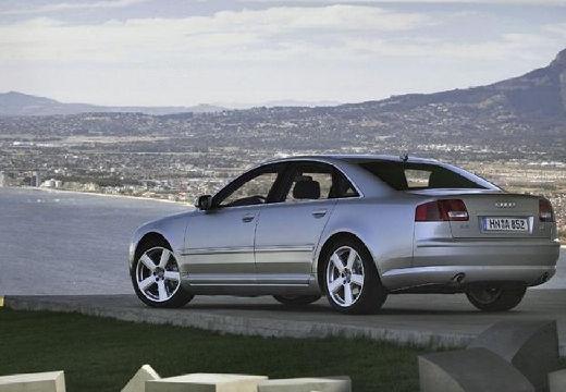 AUDI A8 4E I sedan silver grey tylny lewy