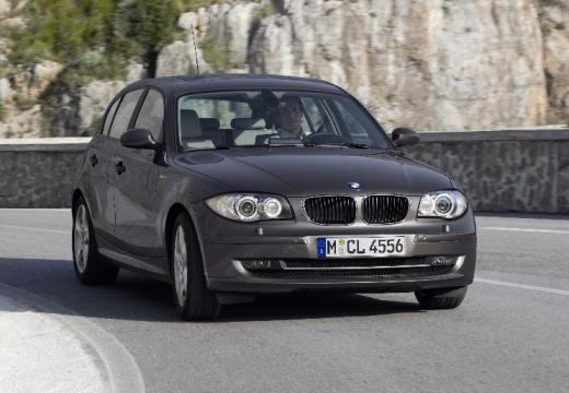 BMW Seria 1 E87 II hatchback brązowy przedni prawy