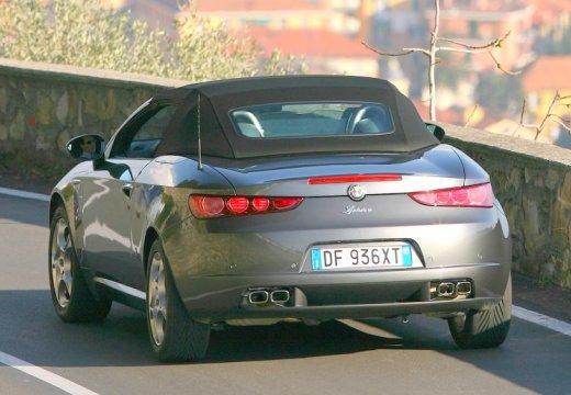 ALFA ROMEO Spider V kabriolet silver grey tylny prawy
