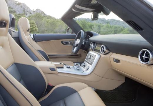 MERCEDES-BENZ SLS roadster wnętrze