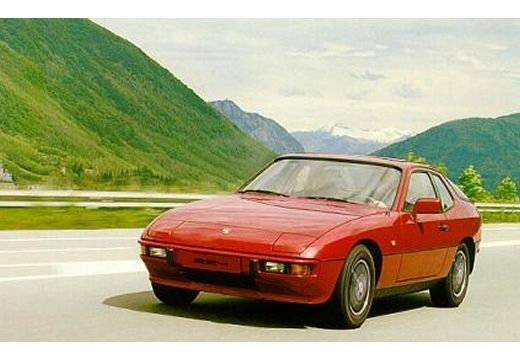 PORSCHE 924 coupe czerwony jasny przedni lewy