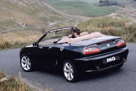 MG F I roadster czarny tylny lewy