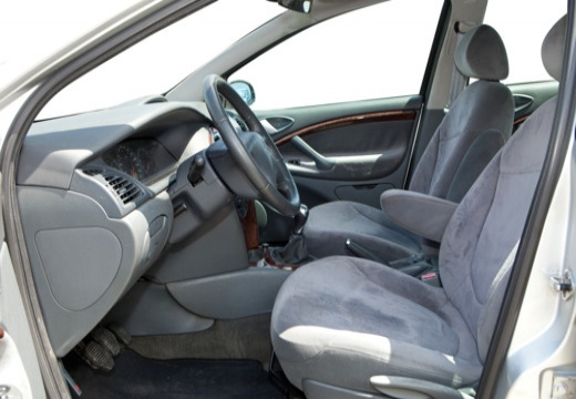 CITROEN C5 I hatchback silver grey wnętrze