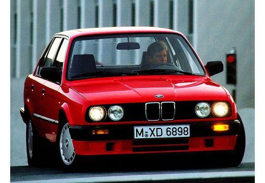 BMW Seria 3 E30 sedan czerwony jasny przedni prawy
