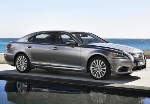 LEXUS LS III sedan silver grey przedni prawy