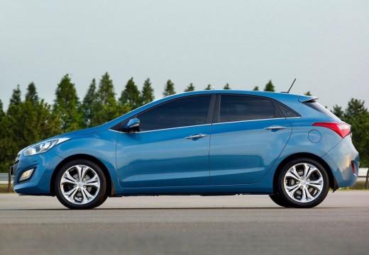 HYUNDAI i30 III hatchback niebieski jasny boczny lewy