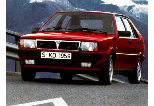 LANCIA Delta hatchback czerwony jasny przedni lewy