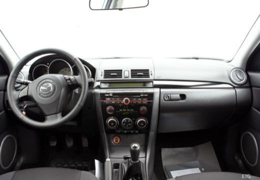 MAZDA 3 II hatchback tablica rozdzielcza