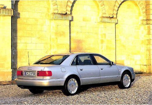 AUDI A8 /S8 D2 sedan silver grey tylny prawy