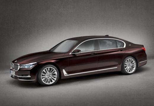 BMW Seria 7 sedan fioletowy przedni lewy