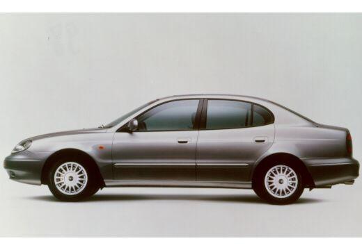 DAEWOO / FSO Leganza I sedan silver grey boczny lewy