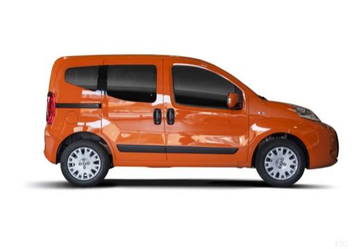 FIAT Fiorino Qubo kombi pomarańczowy boczny prawy