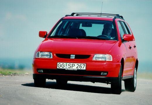 SEAT Cordoba kombi czerwony jasny przedni lewy