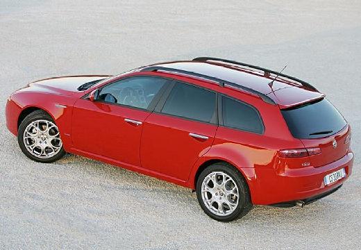 ALFA ROMEO 159 Sportwagon kombi czerwony jasny tylny lewy