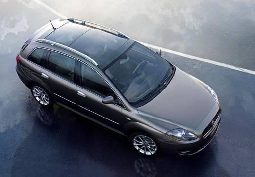 FIAT Croma III kombi szary ciemny przedni prawy