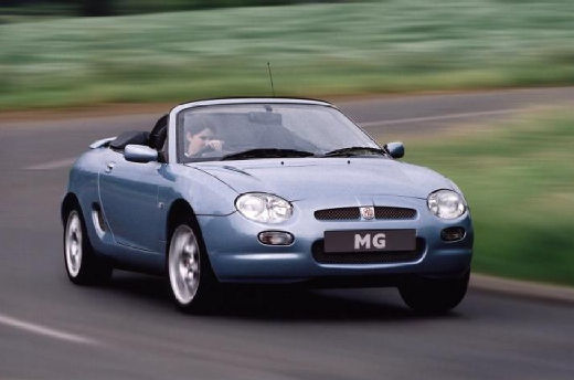 MG F roadster niebieski jasny przedni prawy