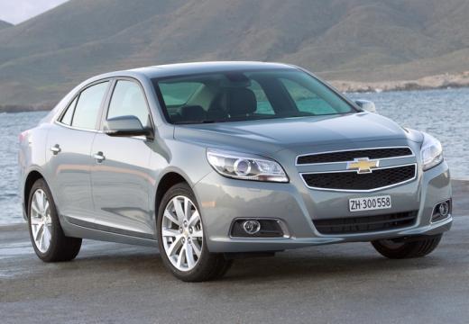 CHEVROLET Malibu sedan silver grey przedni prawy