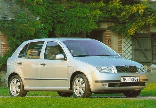 SKODA Fabia II hatchback silver grey przedni prawy
