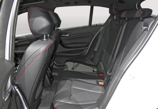 BMW Seria 1 F20 III hatchback wnętrze