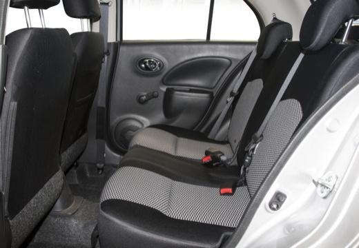 NISSAN Micra IX hatchback wnętrze