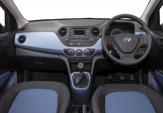 HYUNDAI i10 III hatchback niebieski jasny tablica rozdzielcza