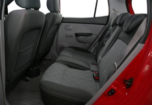 KIA Picanto I hatchback wnętrze
