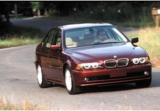 BMW Seria 5 E39 sedan bordeaux (czerwony ciemny) przedni prawy