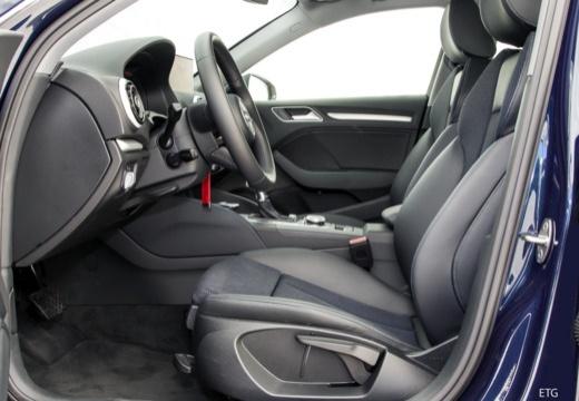 AUDI A3 Sportback 8V II hatchback wnętrze