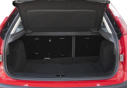 FORD Focus III hatchback przestrzeń załadunkowa