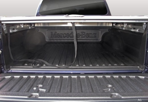 MERCEDES-BENZ Klasa X pickup przestrzeń załadunkowa