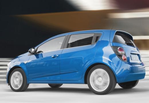CHEVROLET Aveo hatchback niebieski jasny tylny lewy