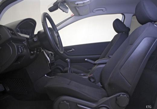 MERCEDES-BENZ Klasa A W 169 II hatchback wnętrze