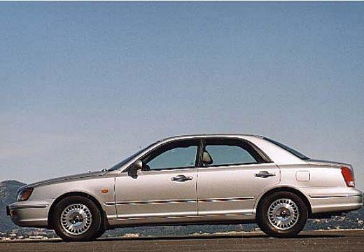 HYUNDAI XG sedan silver grey boczny lewy