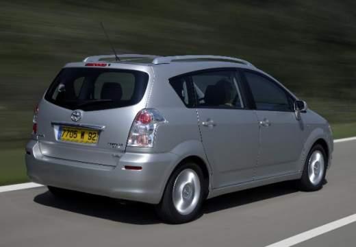 Toyota Corolla Verso III kombi mpv silver grey tylny prawy
