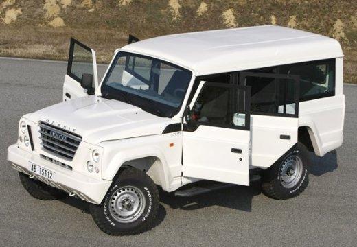 IVECO Massif Pickup I kombi biały przedni lewy
