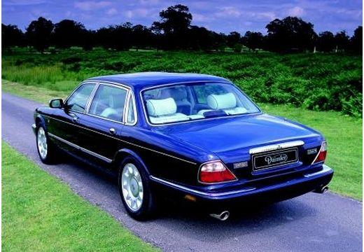 JAGUAR XJ III sedan niebieski jasny tylny lewy