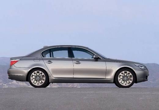 BMW Seria 5 E60 II sedan silver grey boczny prawy