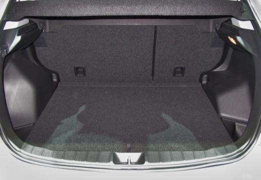 MITSUBISHI ASX hatchback silver grey przestrzeń załadunkowa