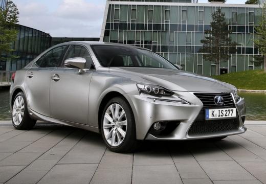 LEXUS IS sedan silver grey przedni prawy