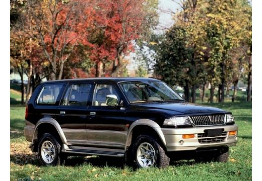 MITSUBISHI Montero Sport 3.0 4WD XLS aut Kombi 173KM (benzyna)